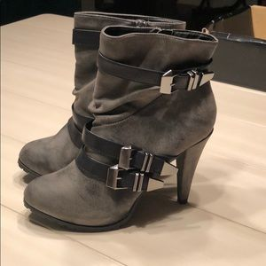 BKE ankle boots